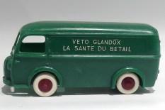 Bourbon Peugeot D3A Ets Petit Montgobert ( version Seine et Oise)