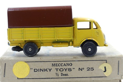 Dinky Toys Ford ridelles bâché (rare combinaison ) et sa boîte de six