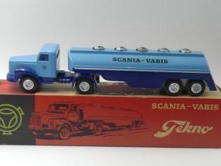 """Tekno Scania 76 semi remorque citerne """"Scania Vabis"""""""