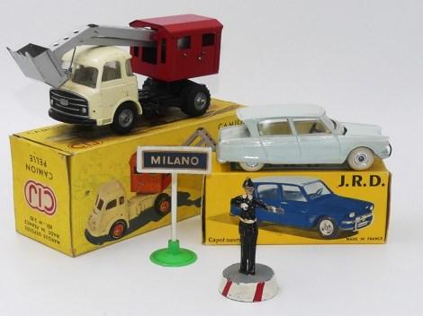 miracle à Milan : C-I-J Saviem LRS pelleteuse et JRD Citroën Ami 6