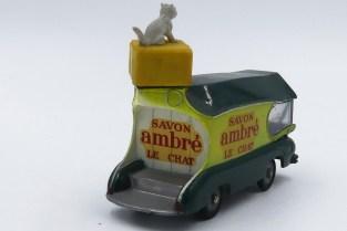 """PR Renault """"Savons Ambré Le Chat"""""""