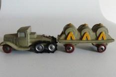 """""""jouets Citroën"""" Citroën P108 avec remorque plateau équipée de 3 cuves pinardier"""