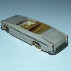 Dinky Toys Chrysler New Yorker : prototype bois