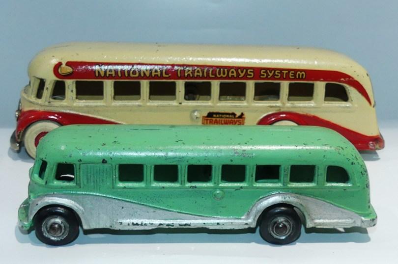 """Arcade AFC car """"National Trailways System"""" (grand modèle) avec le petit modèle"""