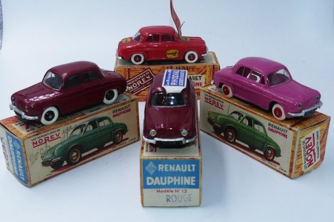 "Norev des Renault Dauphine ""ROUGE"""