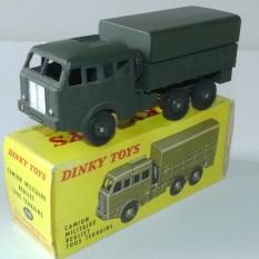 Dinky Toys Berliet T6 avec boîte Meccano Tri Ang et jantes concave