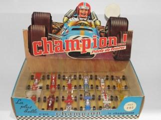 Safir Champion présentoir avec monoplaces au 1/60