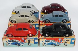 Tekno Volkswagen 1200'58 (sans clignotants sur les ailes) et avec jantes assorties à la carrosserie