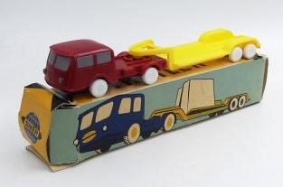 Smer Praga tracteur semi remorque porte engin (mécanique)