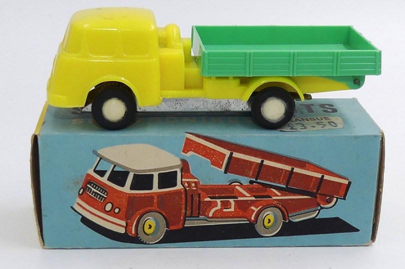 Igra Skoda 706 première calandre camion benne (plastique)