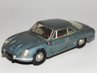 RD Marmande Renault Alpine berlinette 1963 miniature produite en 1965 par Raymond Daffaure.