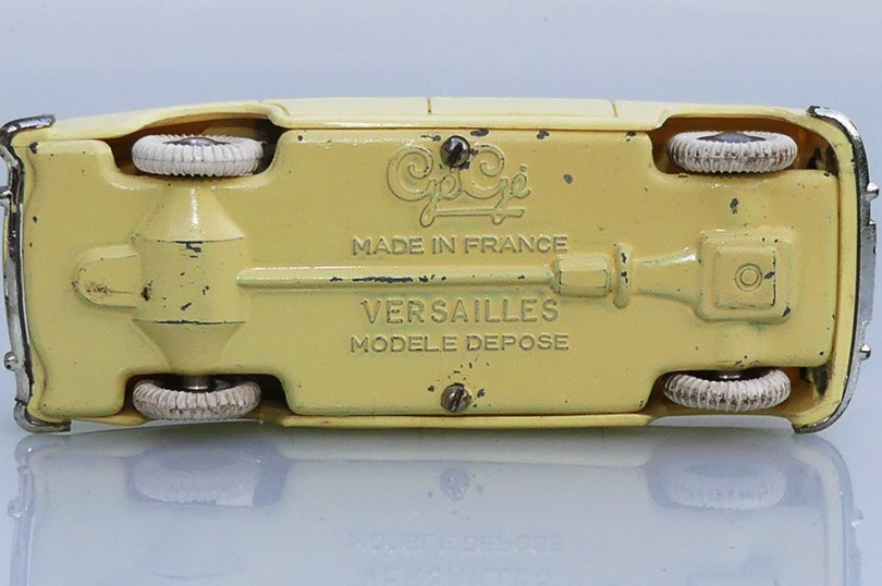 Gégé Simca Versailles (chassis)