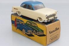 """Minialuxe Simca Versailles mécanique avec sa boîte et le tampon """"motorisé"""""""