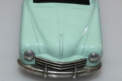 Mercury Fiat 1400 : tout en courbe