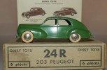 Dinky Toys Peugeot 203 couleur hors-commerce