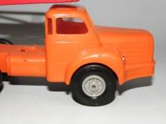 Norev Berliet TBO tracteur semi remorque porte autos (sans filtre à air) et boîte rouge et blanche