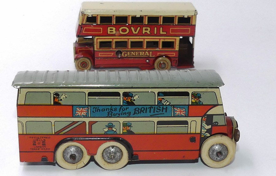 "Wells et Fisher autobus londonien ""thanks to Buying British"" !"