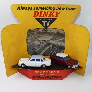 "Dinky Toys présentoir ""as seen on TV"" avec Triumph 2000 promotionnelles"