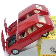 Dinky Toys les différences de finition pour le bloc moteur
