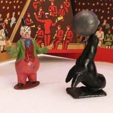 Timpo artistes de cirque : clown et otarie
