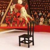 Timpo artiste de cirque : l' équilibriste