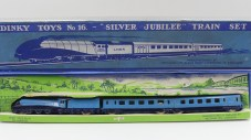 "Dinky Toys GB coffret de train (express passenger train ""Silver jubilee"")"