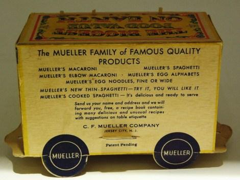 """cage avec léopard du cirque """"Mueller""""..fabriquant de spaghetti !"""