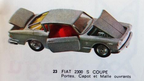 Catalogue Mercury importé en France par Safir en langue française : la Fiat 2300S