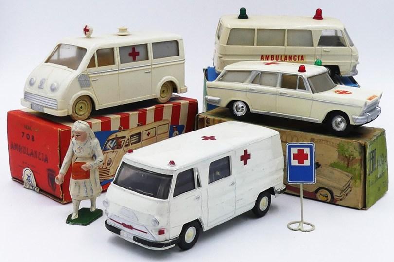 Commando et Rico ensemble d'ambulances