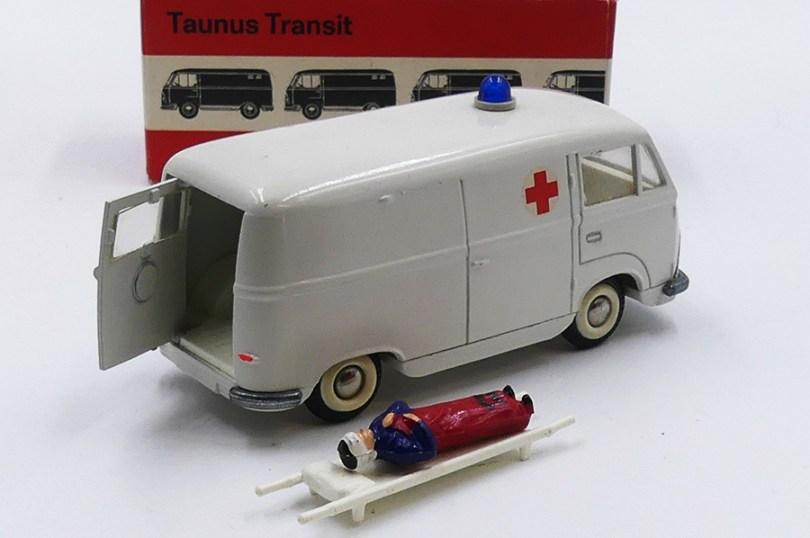 "Tekno Ford Transit ambulance ""Croix Rouge"""