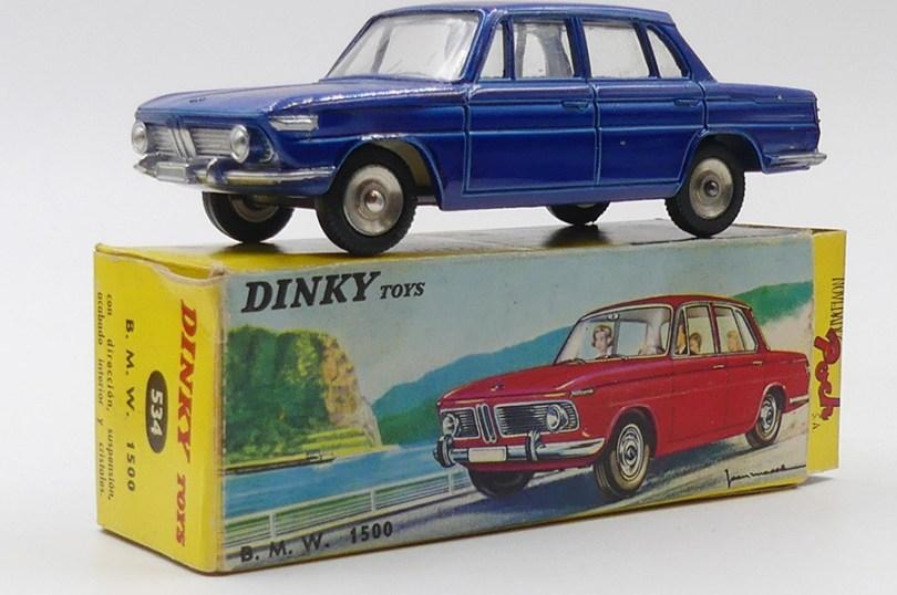 Dinky Toys Poch BMW 1500