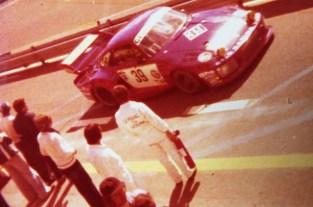 photo prise des stands BMW lors de l'édition 1977..Porsche 935 Loos