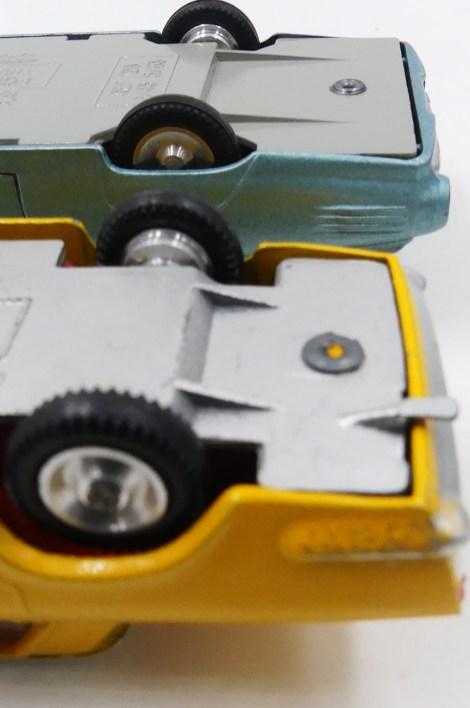 équerres sur les chassis de Solido (Ford) et Dalia (Seat 1500)