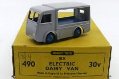 Dinky Toys Walker fourgon électrique sans marquage (plateau bleu moyen)