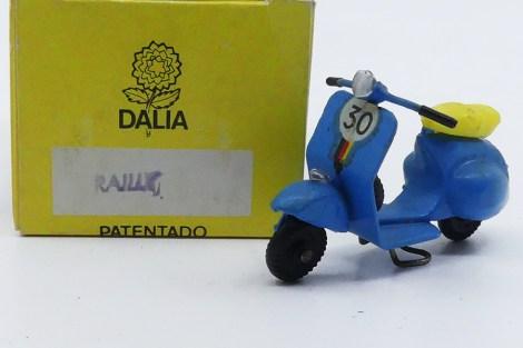 "Dalia Vespa scooter ""rallye """