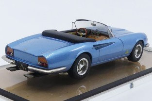 AMR Ferrari 365 California