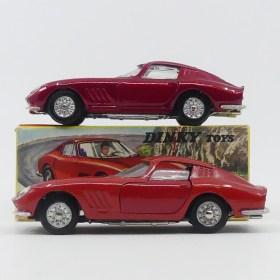 Dinky Toys Ferrari 275GTB rouge métallisé (essai de couleur) et rouge (modèle de série)