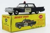 Dinky Toys Cadillac 62 police (USA)