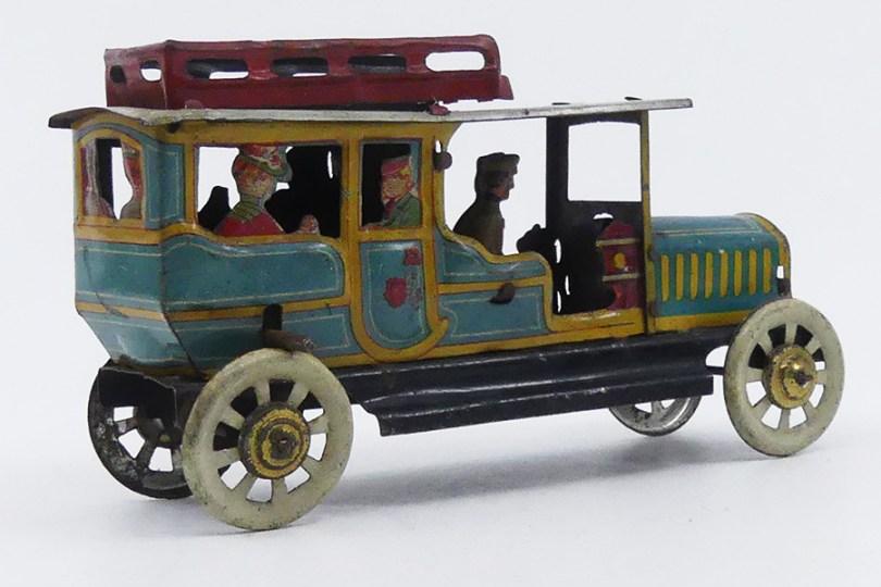 Meier (Germany) limousine de voyage (admirez le chapeau de la dame)