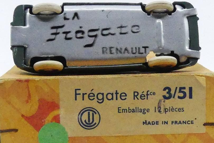 CIJ Renault Fregate calandre à barres variante de chassis (version au pochoir)