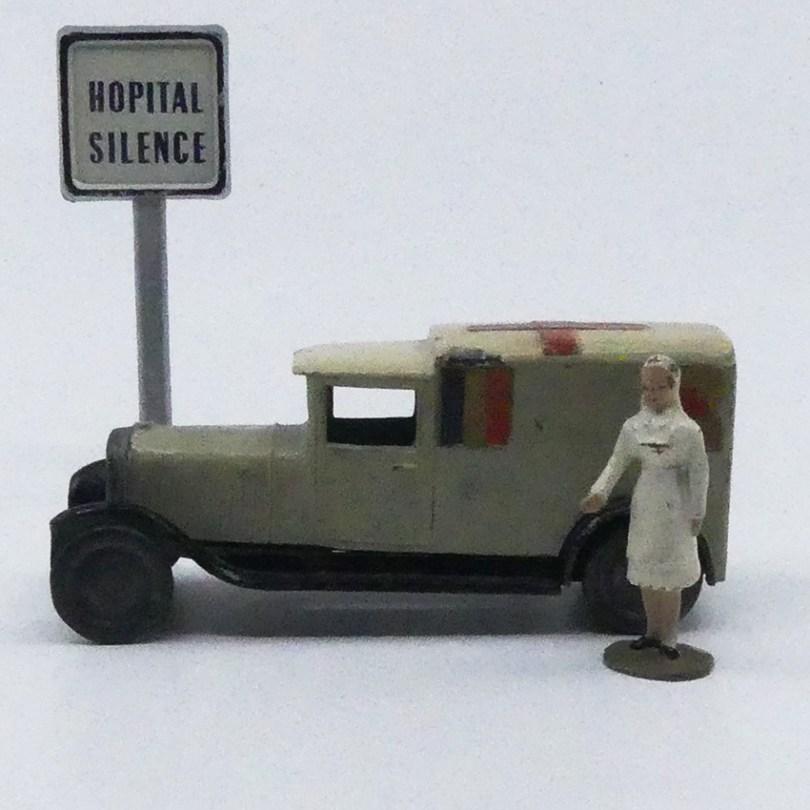 CD Delahaye camionnette ambulance militaire