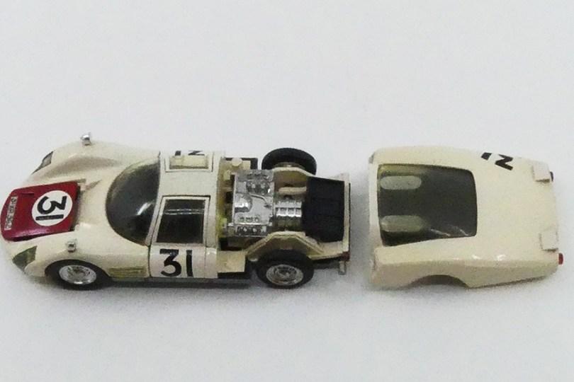 Dinky Toys Porsche Carrera 6 longue Le Mans 1966 en PLASTIQUE
