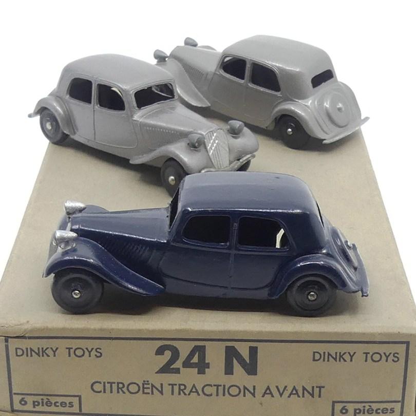 Dinky Toys Citroën 11BL avec roues monobloc en zamac