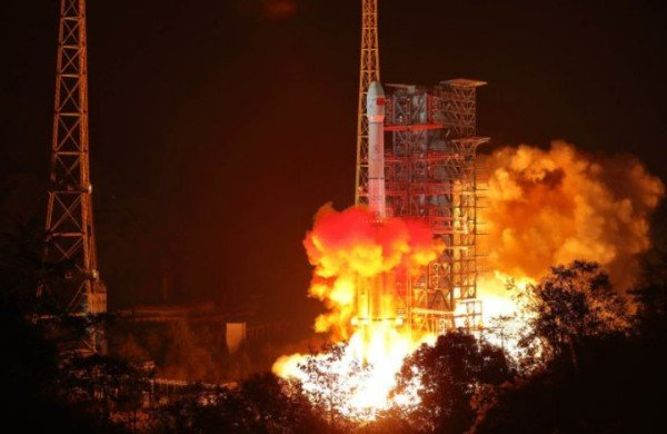 China Is Planning To Launch Its Own Artificial Moon Into Orbit