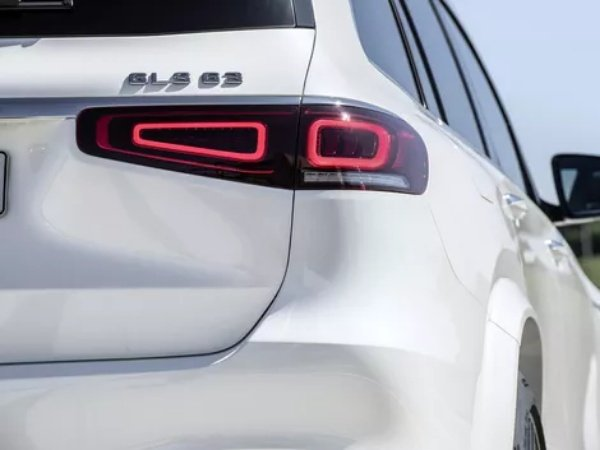2021-Mercedes
