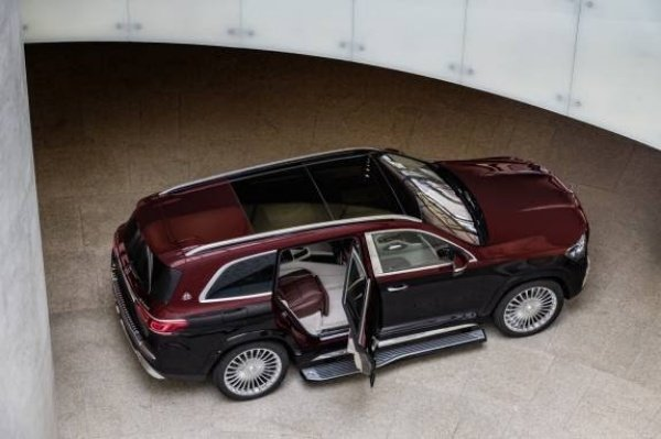 Mercedes-Maybach-GLS-600-SUV