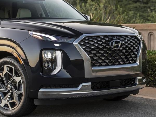 There's plenty of new stuff crammed into hyundai's newest sedan. 2021 Hyundai Palisade Suv Gets Ultra Luxury Calligraphy Trim Autojosh