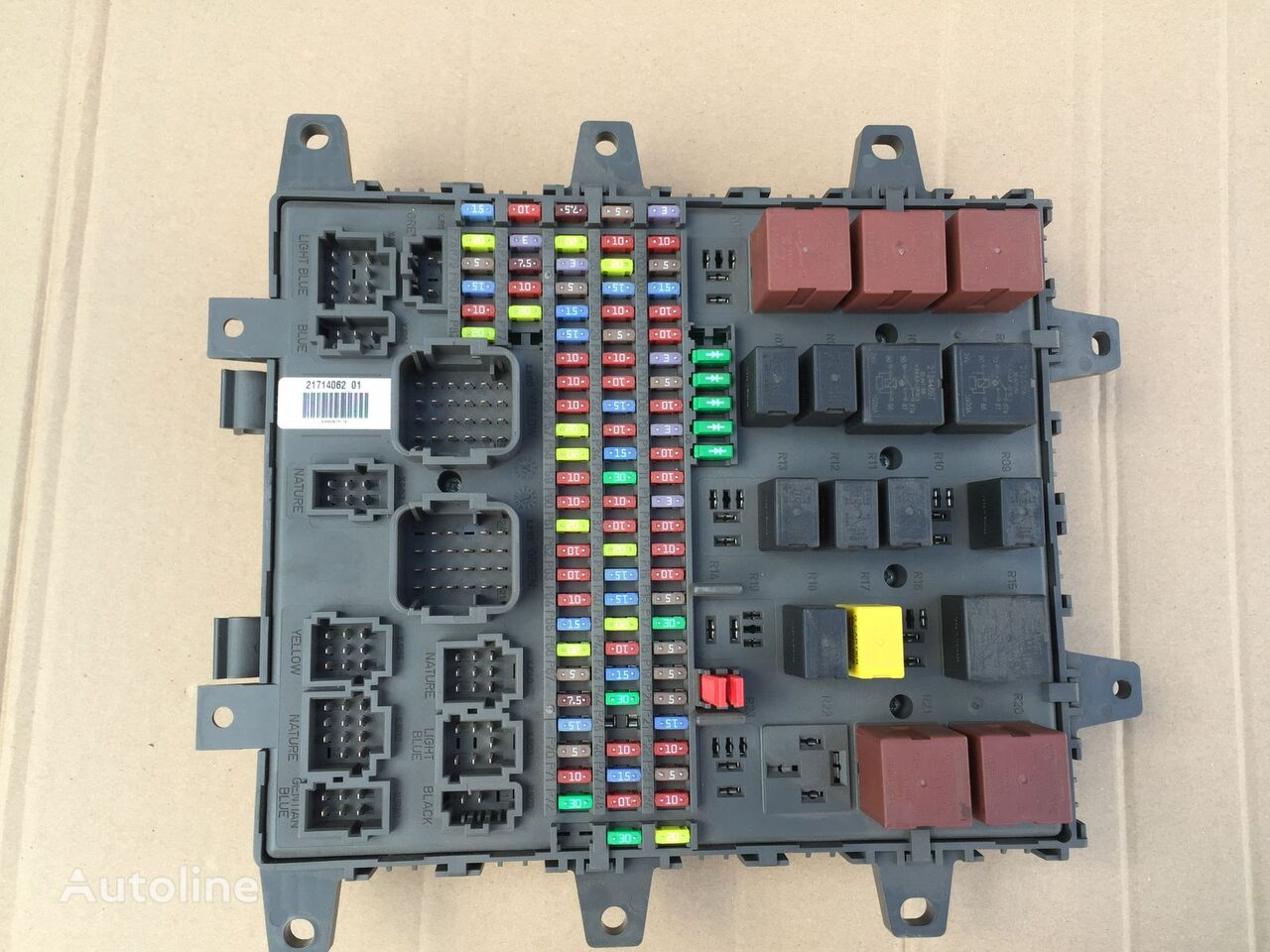 hight resolution of volvo fe fl euro6 orygina fuse block for volvo fe4 fl4 fh4 fm4 tractor unit