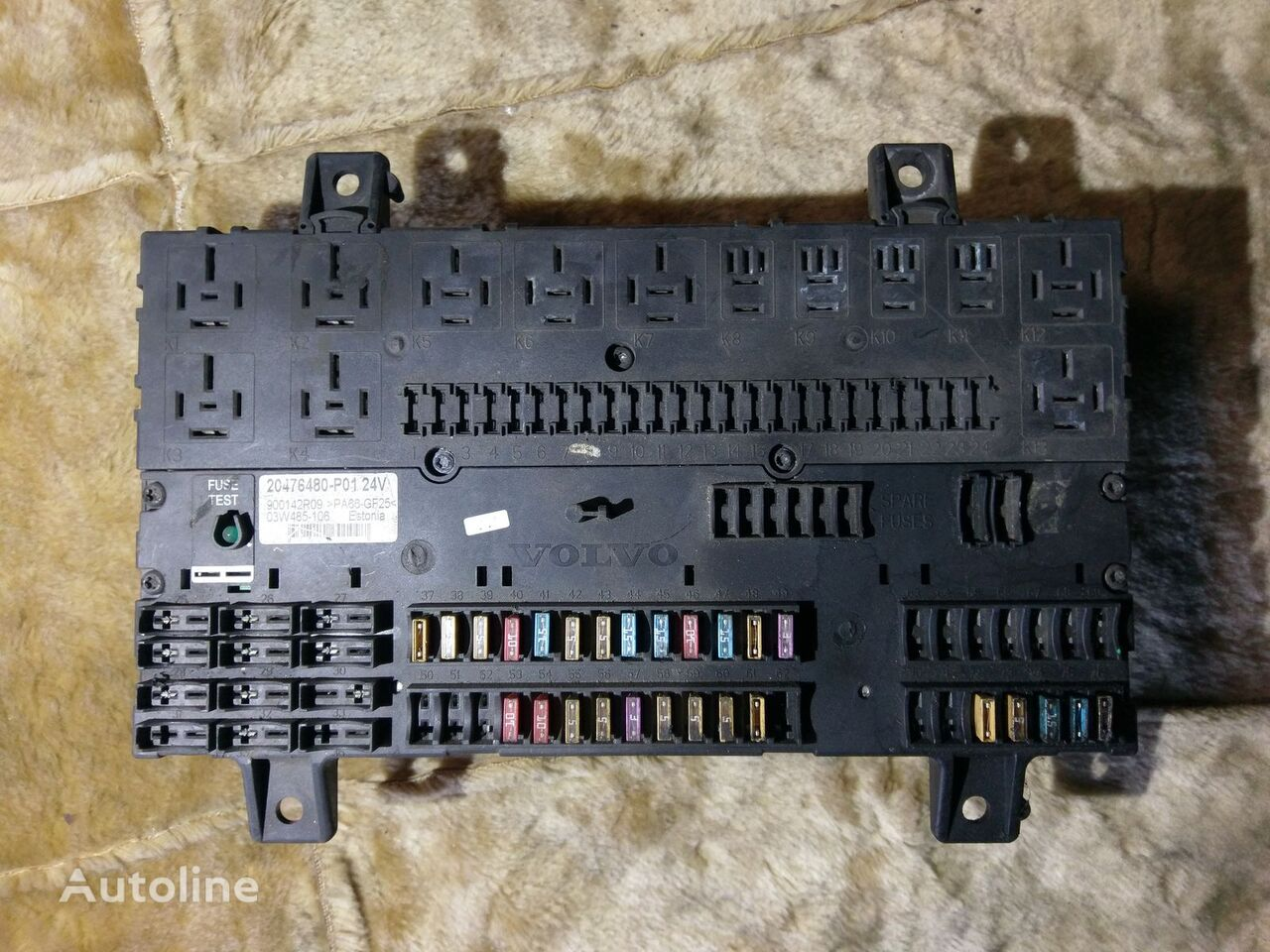 hight resolution of volvo fuse relay protection 20476480 p01 900142r09 fuse block for tractor unit