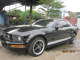 Ford Mustang en Managua 2007 6 Cilindros (2)